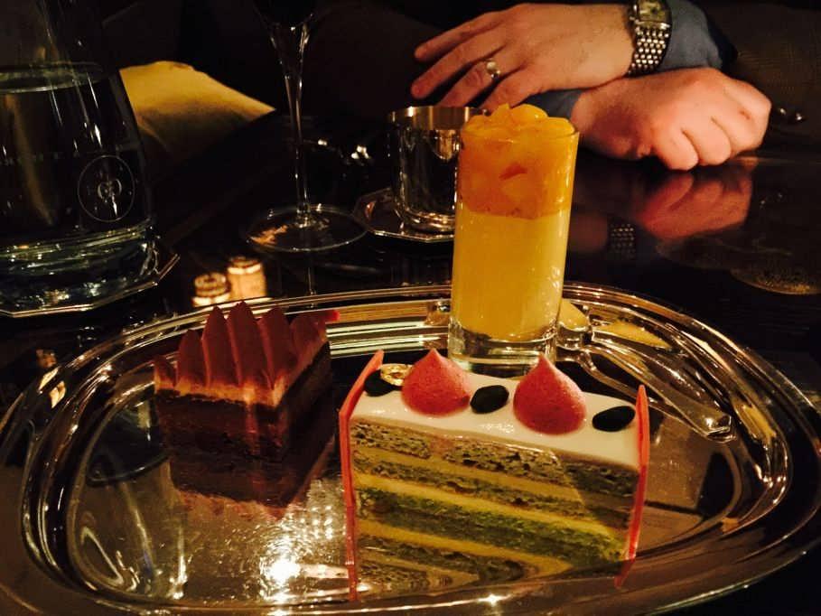 DELUXE! Dessert Platter